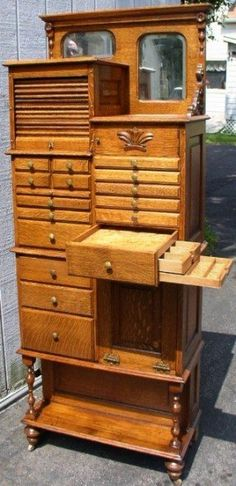 Drawers—sideways—in other drawers. What a beautiful piece