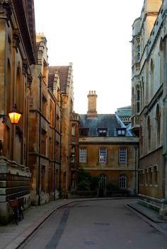 fuckitandmovetobritain:  Cambridgefor more of my UK shots and... My blog posts