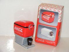 ❤Coca-Cola Enesco Soda Fountain Salt & Pepper Shakers 1997
