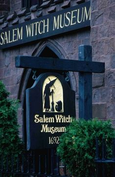 I'd love to go here-- Salem Witch Museum; I love Salem. Went there when I was around it was amazing. You can feel the history in the air! Can't wait to go back. Oh The Places You'll Go, Places To Travel, Places To Visit, Dream Vacations, Vacation Spots, Boston Vacation, Minneapolis, Salem Witch Museum, Salem Mass