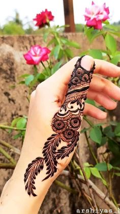Finger Mehndi Designs Arabic, Henna Flower Designs, Peacock Mehndi Designs, Indian Mehndi Designs, Back Hand Mehndi Designs, Mehndi Designs Book, Latest Bridal Mehndi Designs, Mehndi Designs 2018, Modern Mehndi Designs