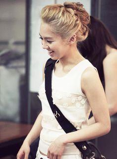 [MAGAZINE] SNSD – Dior, Cosmopolitan Magazine March Issue '11 | korean lovers photoblog | Hyoyeon