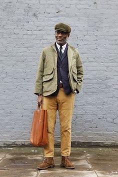 look like stetson vintage caps Gentleman Mode, Gentleman Style, Dapper Men, Raining Men, Classic Man, Well Dressed, Black Men, What To Wear, How To Look Better