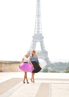 best friends in Paris www.pearlsandpinkpeonies.com