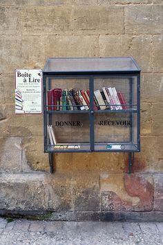 Recyclivre.com lance son annuaire collaboratif pour recenser les boîtes à livres