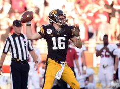 Iowa Hawkeyes 2016 College Football Preview