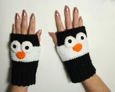 Penguin fingerless gloves, Animal fingerless mittens, winter handwarmers, crochet winter mitts, animal gloves