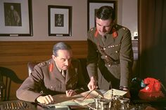 British soldier Field Marshal Alan Brooke with one of his aides. Military Ranks, Military History, British Soldier, British Army, Field Marshal, Soldier Field, Training Materials, Bad Picture