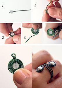 La Bijou Box de décembre - Pendentif spirale avec perle et fil aluminium