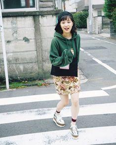 広瀬すず Ulzzang, Asian Beauty, Japanese Gf, Suzu, Short Hair Styles, Girl Fashion, Idol, Mini Skirts, Dress Up