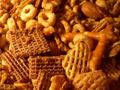 How to Make Barbecue Flavored Chex Mix. Here's a delightful twist on the traditional Chex mix. Barbecue sauce is added to the melted butter and combined with the traditional cereal mixture. This would make an excellent football party. Texas Trash, Chex Mix Recipes, Crockpot Recipes, Tailgating Recipes, Holiday Recipes, Christmas Recipes, Holiday Foods, Christmas Traditions, Holiday Ideas