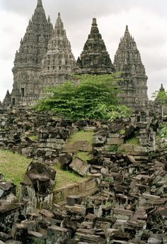 Hindu temples of Candi Prambanan, UNESCO World Heritage Site, Yogyakarta region, island of Java, Indonesia, Southeast Asia, Asia