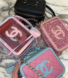 Luxury Purses, Luxury Bags, Big Bags, Cute Bags, Cute Purses, Unique Purses, Purses And Handbags, Mini Handbags, Cute Mini Backpacks