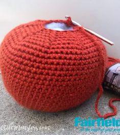 Large Crocheted Pumpkin - Fairfield World Craft Projects Crochet Fall, Halloween Crochet, Free Crochet, Crochet Pumpkin Pattern, Easy Crochet Patterns, Fall Projects, Craft Projects, Craft Ideas, World Crafts