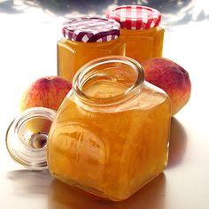 Valkoviinillä ja vaniljalla maustettu persikkamarmeladi - Reseptejä