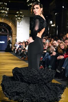 dsc_0678 African Dance, Flamenco Dancers, Kingfisher, Formal Dresses, Wedding Dresses, Dance Wear, Evening Gowns, Ruffles, Spain