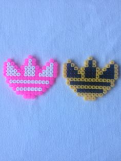 Adidas Logo Perler Hama Bead Sprite / Neckalce / by Craftians - Sprite - Ideas of Sprite Perler Beads, Perler Bead Art, Fuse Beads, Melty Bead Patterns, Perler Patterns, Beading Patterns, Plastic Bead Crafts, Beading For Kids, Graph Paper Art
