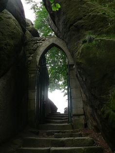 Heaven's Gate. Love the smooth carved rock next to the uncarven natural goodness.