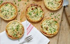 Mary Berry& goat& cheese and shallot tarts with walnut pastry recipe taken from Mary Berry& Absolute Favourites British Baking Show Recipes, British Bake Off Recipes, Great British Bake Off, Savory Pastry, Savory Tart, Savoury Baking, Savoury Pies, Savoury Tart Recipes, Cheese Tarts