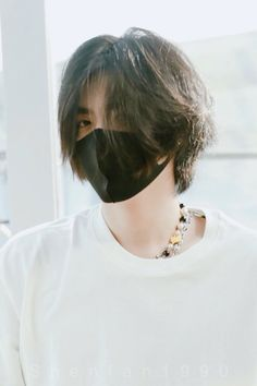 Discover recipes, home ideas, style inspiration and other ideas to try. Asian Haircut, Kris Exo, Tomboy Hairstyles, Young Cute Boys, Cute Korean Boys, Grunge Hair, Hair Inspo, Pretty People, Short Hair Styles