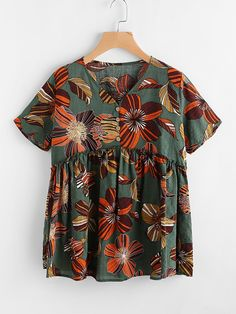 SheIn offers Allover Flower Print Smock Blouse & more to fit your fashionable needs. Casual Day Dresses, Modest Outfits, Trendy Outfits, Cool Outfits, Fashion Outfits, Sewing Clothes, Diy Clothes, Party Fashion, Love Fashion