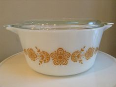 Pyrex Butterfly Gold 474-B