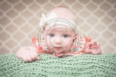 Edwardsville Glen Carbon Photographer | Grow With Me: 3 Month spring baby photography, 3 month baby, joann fabric backdrop, diy yarn garland
