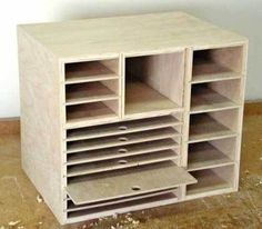 Sandpaper holder - by Krisztian @ LumberJocks.com ~ woodworking community Could be used for scrapbooking supplies!!!