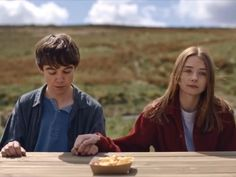 The End of the F***ing World Netflix Videos, Netflix Movies, 2020 Movies, Aesthetic Movies, Aesthetic Videos, Relationship Gifs, Cute Relationships, Makeup Trends, World Gif
