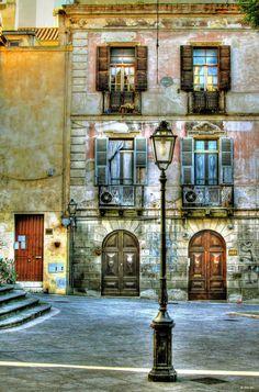 Cagliari---Piazza-San-Sepolcro -- Sardegna