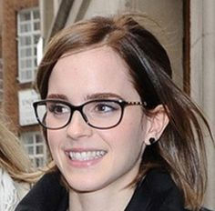 Eyeglass Frames For A Small Face : 1000+ images about glasses on Pinterest Eyeglasses ...