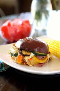 Roasted Summer Vegetable Sandwiches Vegetable Sandwich Recipes, Veg Sandwich, Panini Sandwiches, Wrap Sandwiches, Vegetarian Lunch, Vegetarian Entrees, Vegetarian Sandwiches, Roasted Summer Vegetables, Entree Recipes