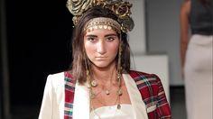 Salone della moda - Mihalev - SS-16 - http://magazine.modelboard.com/mihalev-ss-16