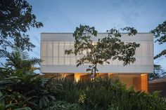 Modern House Design : White House / Studio MK27  Marcio Kogan  Eduardo Chalabi