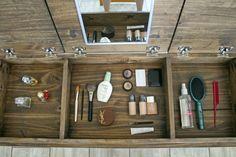 Pneumatic Addict: Hairpin Leg Makeup Vanity [Building Plans & GIVEAWAY!!]