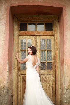 Manželia Tóthovci Svadobný salón Valery Wedding Dresses, Fashion, Bride Dresses, Moda, Bridal Gowns, Fashion Styles, Wedding Dressses, Bridal Dresses
