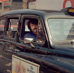 Summer traffic: Photos of frustrated London drivers in the 1980s