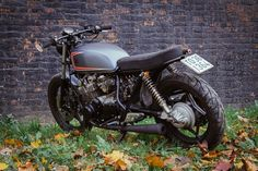 Suzuki GS650 Brat Style by Imbarcadero14 Venice Motorcycles #motorcycles #bratstyle #motos   caferacerpasion.com