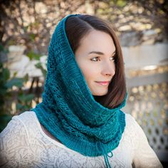 Loom Knit Lace Snood, Cowl PATTERN. Lightweight, 1 skein project. This would make a beautiful gift for someone special!