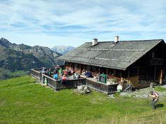 Mountain Love, Mount Everest, Wanderlust, Cabin, Mountains, House Styles, Nature, Summer, Travel