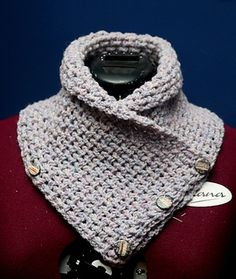 *Free Pattern:  Lattice Crochet Neck Warmer by Alicia Robichaud
