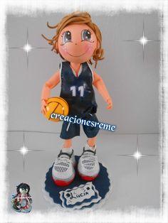 muñeca-goma-eva-personalizadas -voleibol