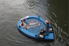 HotTug:風呂に浸かって水上をぷかぷか漂うためのボート