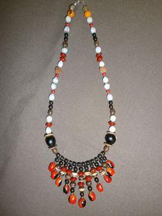 collier en graine de guadeloupe JOB02 : Collier par grenn971 Natural Stone Jewelry, Natural Stones, Bead Jewellery, Jewelery, Sea Beans, Jewelry Sets, Jewelry Making, Bijoux Diy, Handmade Beads