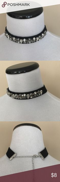 🆕 Black Velvet Bling Adjustable Choker This is such a Fun Fabulous Black Velvet Choker - Is Extremely Soft & Adjustable - Has cubic zirconia stones & a darker charcoal cubic zirconia stones! Jewelry
