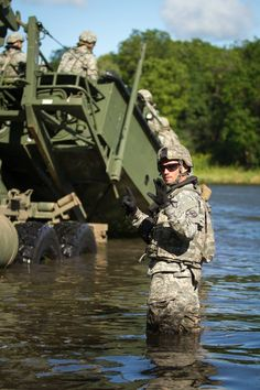 #USArmy Soldiers, assigned to the 416th Theater Engineer Command, U.S. Army Reserve, deploy a Bridge Erection Boat from a M1120 heavy expanded mobility tactical truck during a bridging exercise, part of Exercise Red Dragon, at Joliet, Wis., Aug. 20, 2015. U.S. Army photo by Sgt. Robert Farrell