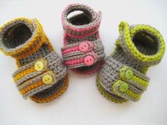 Adorable crocheted baby sandals. my mom needs to learn how to make these