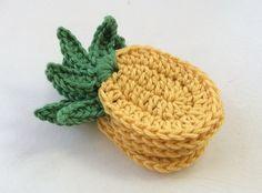 Tropical Bandeirinha Abacaxi - Um Padrão de Croché Livre - / Tropical Pineapple Bunting - a free Crochet Pattern –