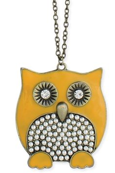 Owl Pendant Necklace In Yellow And Pearl.