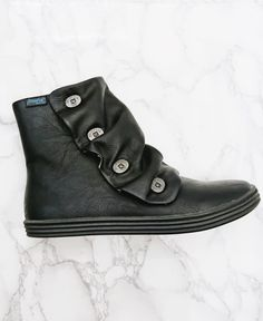 """Heritage style low winter boot """"Rabbit"""" by Blowfish Shoes - the comfiest fall winter shoe you'll find!"""